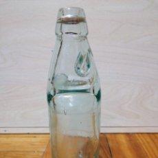 Botellas antiguas: BOTELLA CRISTAL TIPO CODD CON CANICA UTILIZADA COMO TAPA. Lote 226079260