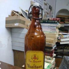 Botellas antiguas: ANTIGUA BOTELLA DE CERVEZA DORADA LA HUERTANA VALENCIA. RINCONERA. Lote 227057055