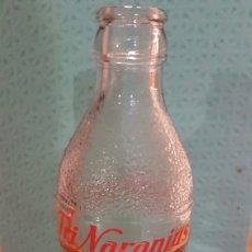 Botellas antiguas: BOTELLIN TRI NARANJUS. Lote 233182835