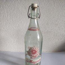 Botellas antiguas: BOTELLA DE GASEOSA LA MARGARITA - LA CASESA - AÑOS 70. Lote 241755185