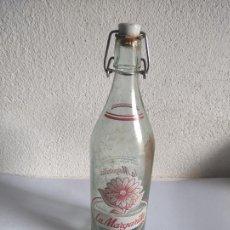 Botellas antiguas: BOTELLA DE GASEOSA LA MARGARITA - LA CASESA - AÑOS 70. Lote 241756040
