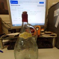 Botellas antiguas: BOTELLA DE CRISTAL SANGRÍA. Lote 248248980