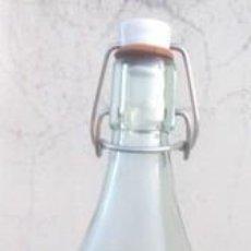 """Botellas antiguas: BOTELLA DE GASEOSA DE MADRID """"GRAN VIA"""". Lote 261649580"""