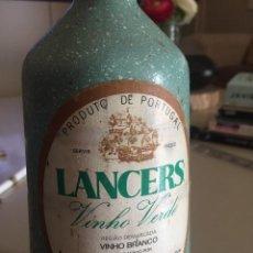 Botellas antiguas: BOTELLA ANTIGUA BINO BLANCO ( PORTUGAL). Lote 263050030