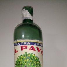 Botellas antiguas: BOTELLA DE LEJÍA EL PAVO. BOTELLA VERDE.. Lote 264118735