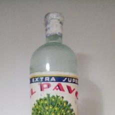 Botellas antiguas: BOTELLA DE LEJÍA EL PAVO. BOTELLA BLANCA.. Lote 264119245