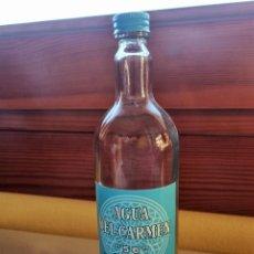 Botellas antiguas: BOTELLA GRANDE 200 CL AGUA DEL CARMEN VACIA, CON OLOR Y RESTOS DEL LICOR EN SU INTERIOR. Lote 264745414