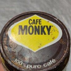 Botellas antiguas: TARRO DE CAFÉ CON TAPA MONKY TAPA ANTIGUA METALICA. Lote 273470473