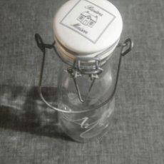 Botellas antiguas: ANTIGUA BOTELLA DE AGUA,RIVIERA,MOISON. Lote 275118113