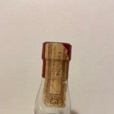 Botellas antiguas: BOTELLA CHARTREUSE LIQUEUR FABRICADO EN TARRAGONA. Lote 277493868