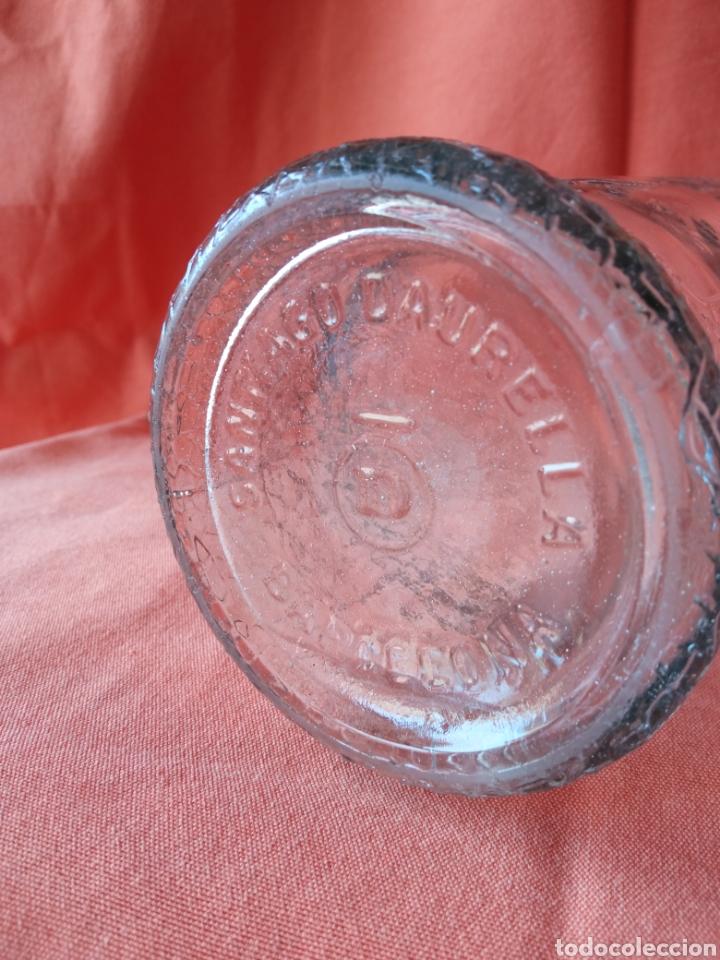 Botellas antiguas: Antigua Botella de gaseosa 1L. SANTIAGO DAURELLA BARCELONA letras en relieve - Foto 12 - 287109043