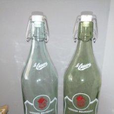 Botellas antiguas: 2 ANTIGUAS BOTELLAS DE GASEOSA LA CASERA COLOR VERDE Y TRANSPARENTE. Lote 287774183