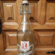 Botellas antiguas: ANTIGUA BOTELLA DE GASEOSA ESPUMOSOS PATIÑO,VILLAFRANCA, TOLEDO. Lote 291542348