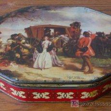 Cajas y cajitas metálicas: CAJA DE GALLETAS INGLESA .. DE CHAPA SERIGRAFIADA HEXAGONAL ,, CLAUDE DUVAL. Lote 18514962