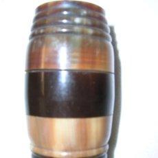 Cajas y cajitas metálicas: CURIOSA CAJITA DE ASTA . Lote 27062012