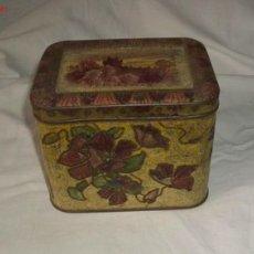 Cajas y cajitas metálicas: ANTIGUA CAJA DE HOJALATA,AÑOS 20 Ó 30. Lote 19128531