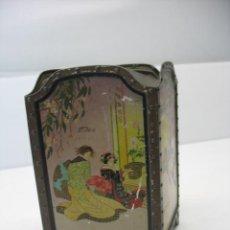 Cajas y cajitas metálicas: CAJITA METALICA CON MOTIVOS CHINOS. Lote 26522263