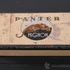 Cajas y cajitas metálicas: CAJA DE CHAPA PANTER MIGNON. HOLANDA 1920. Lote 23019428