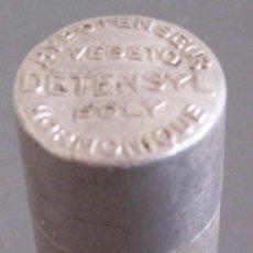 Cajas y cajitas metálicas: CAJA DE FARMACIA: HYPOTENSEUR VEGETO DETENSYL POLY HORMONIQUE (ALUMINIO, 5,5X2CM APROX). Lote 20983613