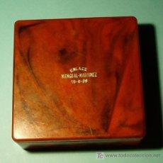 Cajas y cajitas metálicas: CAJA DE PLÁSTICO. AÑO 1968. Lote 20771638