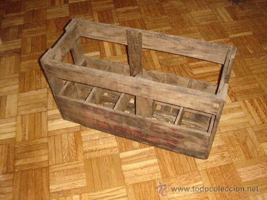 antigua caja de madera de botellas de aceite ao plasencia cceres