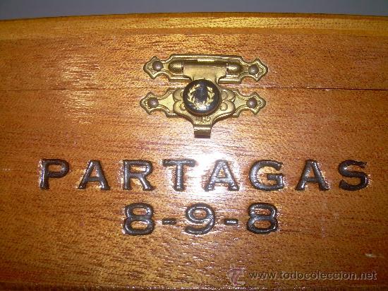 ANTIGUA CAJA DE MADERA NOBLE...........PUROS..............PARTAGAS 8.9.8 (Coleccionismo - Cajas y Cajitas Metálicas)