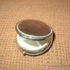 Cajas y cajitas metálicas: PASTILLERO. Lote 22428305