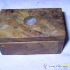 Cajas y cajitas metálicas: CAJA DE MADERA - MIDE 4 X 5 X 9 CM. Lote 26974491