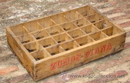 antigua caja de reparto en madera para botella de refresco diana de valencia