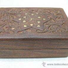 Cajas y cajitas metálicas: PRECIOSA CAJITA HIPPIE DE MADERA. Lote 27851893