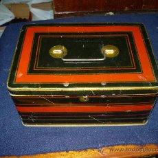 Cajas y cajitas metálicas: CAJA DE CHAPA. Lote 28568405
