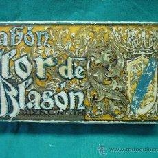 Cajas y cajitas metálicas: CAJA DE CARTON. JABON FLOR DE BLASON.BARCELONA. Lote 30671647