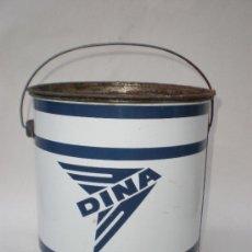 Cajas y cajitas metálicas: BOTE-LATA *DINA* LUBRICANTES, CON CONTENIDO, GAVA-BARCELONA. Lote 30671633