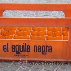 Cajas y cajitas metálicas: CAJA CERVEZAS EL AGUILA NEGRA DE COLLOTO. Lote 31055962