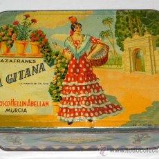 Cajas y cajitas metálicas: ANTIGUA CAJA DE HOJALATA LITOGRAFIADA CON PUBLICIDAD DE AZAFRANES - LA GITANA - FRANCISCO HELLIN ABE. Lote 31535177
