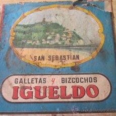 Cajas y cajitas metálicas: ANTIGUA CAJA DE GALLETAS Y BIZCOCHOS IGUELDO DE SAN SEBASTIAN DE LOS AÑOS 40. Lote 31750482