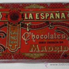 Cajas y cajitas metálicas: ANTIGUA CAJA DE HOJALATA LITOGRAFIADA CON PUBLICIDAD DE LA ESPAÑA - FABRICA MODELO CHOCOLATES CAFES . Lote 33010537