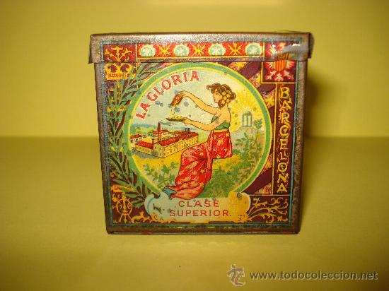 Cajas y cajitas metálicas: Antigua Caja en Hojalata Litografiada de *LA GLORIA* Bizcochos y Galletas Barcelona - Año 1920s. - Foto 6 - 34473933
