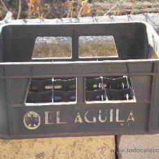 Cajas y cajitas metálicas: CAJA DE CERVEZA EL AGUILA, PARA 24 BOTELLINES . ( 8 L . ) VER ESTADO -. Lote 35239482