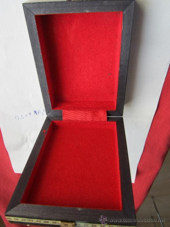 Cajas y cajitas metálicas: caja de marqueteria para cartas , baraja española , buena conservacion - Foto 2 - 35279734