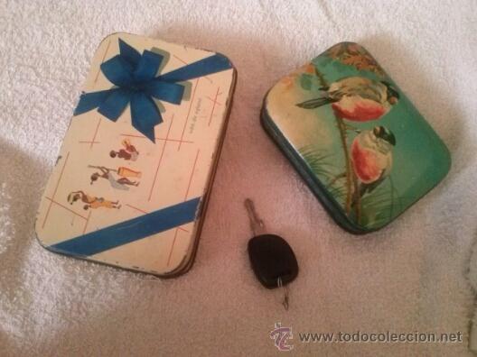 CAJAS ANTIGUAS VDA DE SOLANO,Y BLUE BIRD TOFFEE ,HARRY VINCENT LTD (Coleccionismo - Cajas y Cajitas Metálicas)