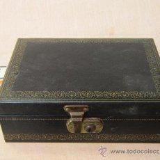 Cajas y cajitas metálicas: CAJA JOYERO EN PIEL. Lote 36525539