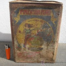Cajas y cajitas metálicas: ANTIGUA LATA O CAJA GRANDE DE PIMENTON PASCUAL REVERTE. ESPINARDO, MURCIA. MIDE 26 X 20 X16,5 CM.. Lote 36874892