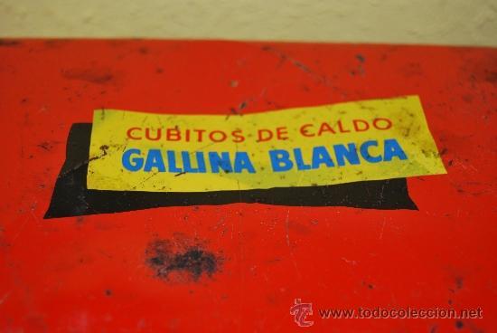 Cajas y cajitas metálicas: LATA LITOGRAFIADA CON ASAS - CUBITOS DE CALDO GALLINA BLANCA - G. DE ANDREIS, BADALONA - AÑOS 50 - Foto 5 - 37617755