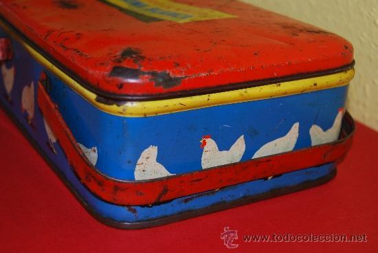 Cajas y cajitas metálicas: LATA LITOGRAFIADA CON ASAS - CUBITOS DE CALDO GALLINA BLANCA - G. DE ANDREIS, BADALONA - AÑOS 50 - Foto 6 - 37617755