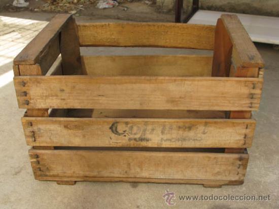 antigua caja de madera para fruta de la casa cofruval ideal decoracin cajas - Cajas De Madera De Fruta