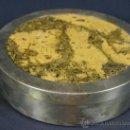 Cajas y cajitas metálicas: CAJA CIRCULAR FRANCESA AÑOS 70 METAL PLATEADO TAPA DE CORCHO MARCA R. DEBLADIS PARIS. Lote 38805864