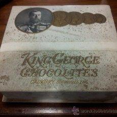Cajas y cajitas metálicas: CADBURY. BONITA CAJA DE CARTÓN DE KING GEORGE CHOCOLATES. AÑOS 20. INTERESANTE. Lote 38971324