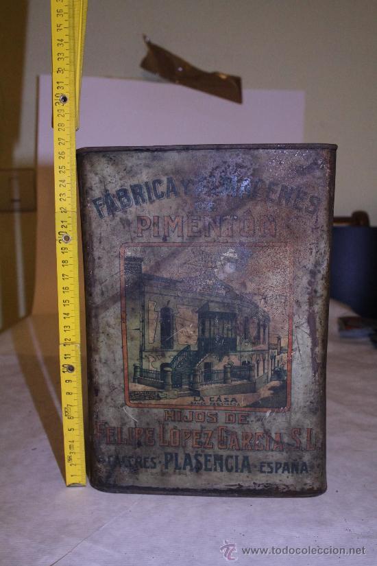 LATA DE PIMENTON. HIJOS DE FELIPE LOPEZ GARCIA. 26X18 CACERES. VER FOTOS (Coleccionismo - Cajas y Cajitas Metálicas)
