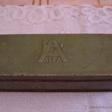 Cajas y cajitas metálicas: CAJA METALICA ACCESORIOS MAQUINA COSER ALFA. Lote 39413084